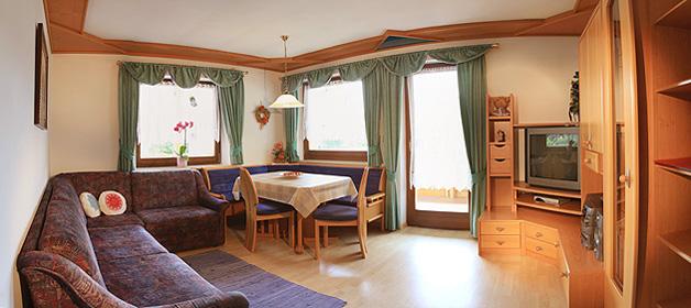 Appartamento betulla landhaus rainer residence 3 stelle for Vasca da bagno nella camera da letto principale